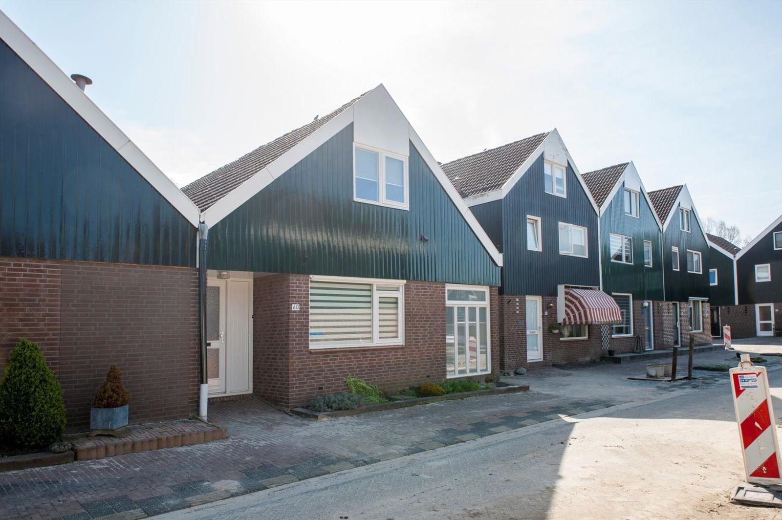 Hooiland 60, Urk