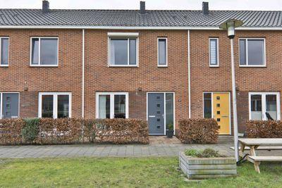 P Dubbeldamstraat 27, Hoogeveen