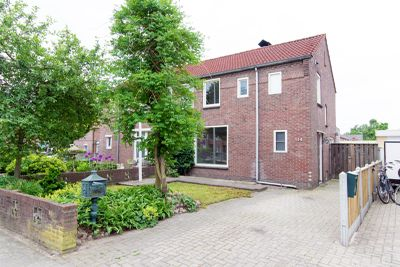 Scholtinkstraat 114, Losser