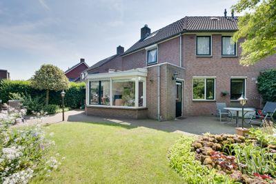 Monseigneur Dubbelmanstraat 41, Heeswijk-dinther