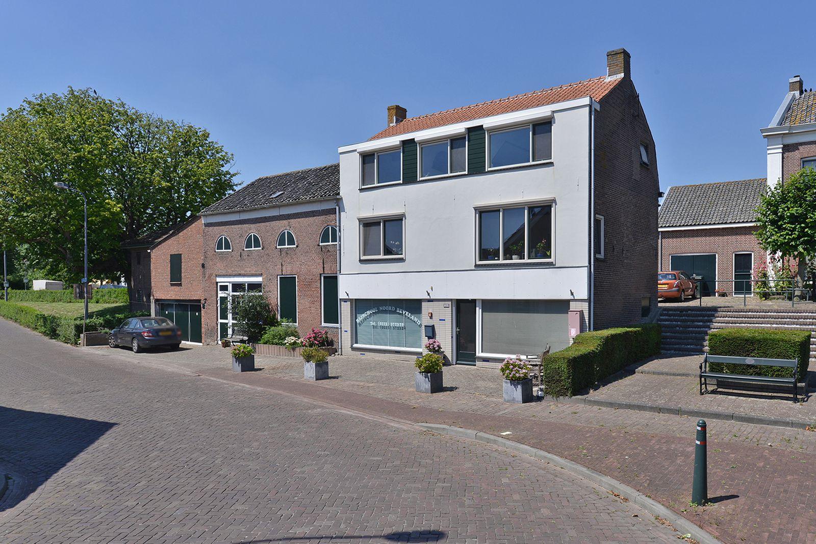 Noordeindstraat 30-32, Wissenkerke