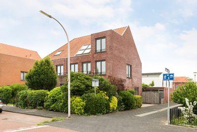 Zilverplevierhof 12, Den Haag