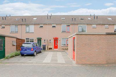 Doorzwin 4251, Julianadorp