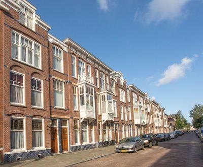 Van Weede van Dijkveldstraat 26, 's-gravenhage