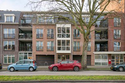 Burgemeester Knappertlaan 12-C, Schiedam