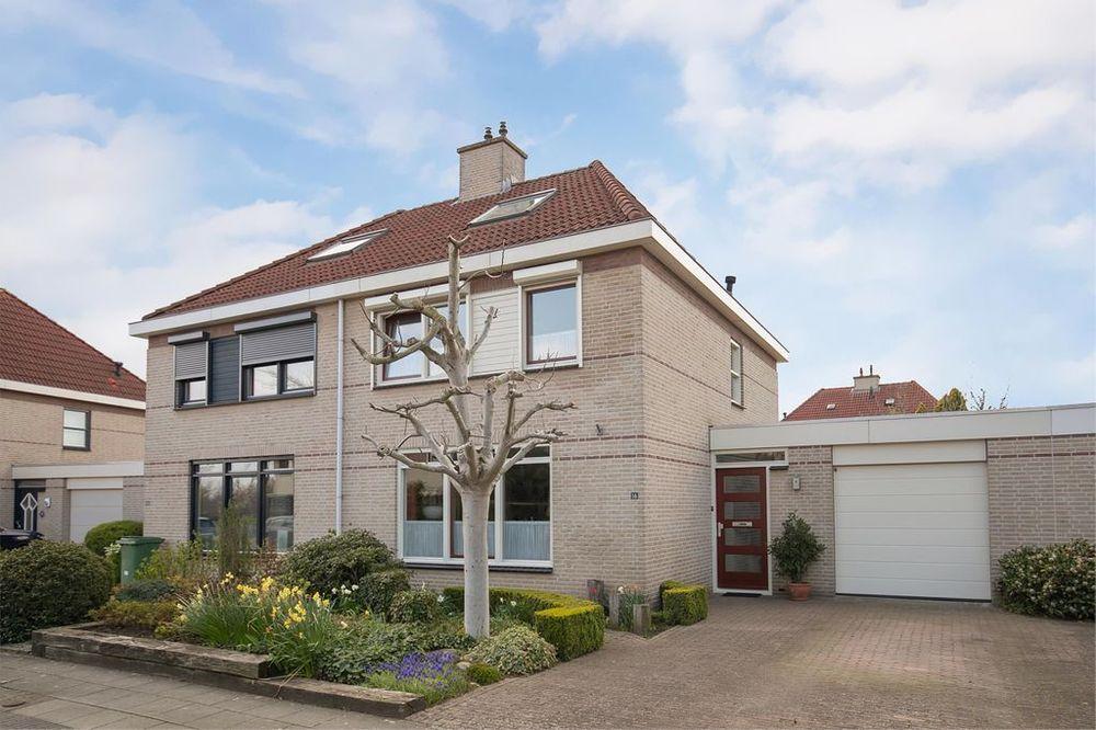 Abdis Franciscastraat 16, Roermond