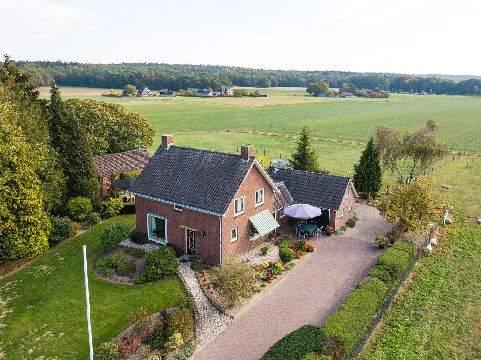 Arnhemseweg 1, Beek