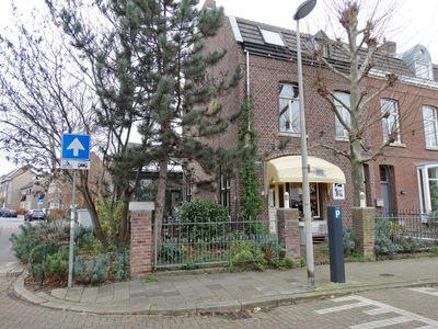 Lage Kanaaldijk 22, Maastricht