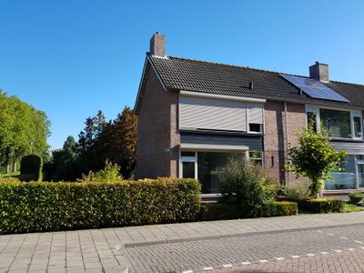 Johan de Knuytlaan 8, Nieuw-Vossemeer
