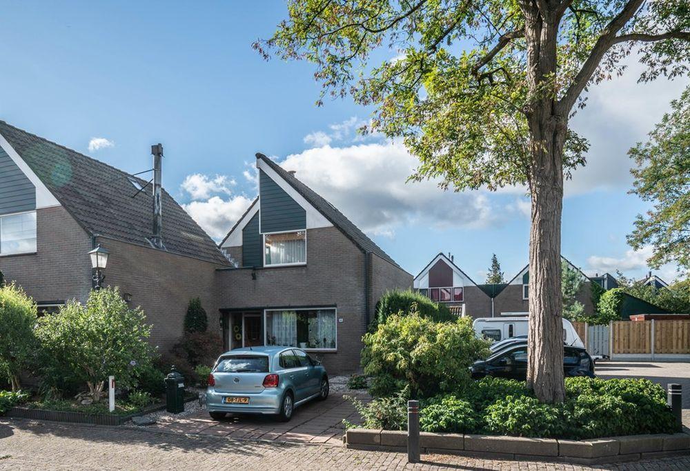 Rosmolen 80, Ridderkerk