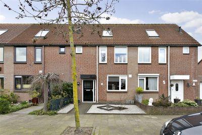 Trekbeemd 4, Oosterhout