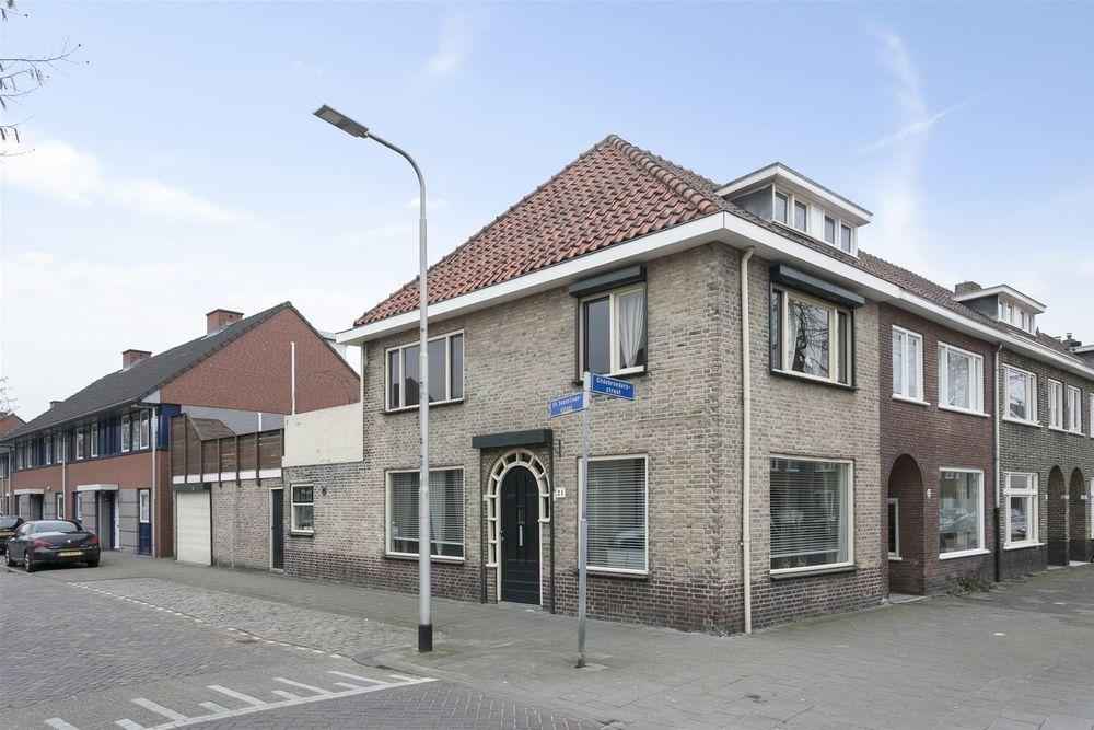 Huis kopen in Tilburg - Bekijk 359 koopwoningen