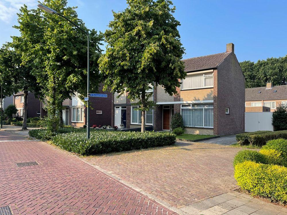 Lindenstraat 62, Hapert