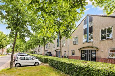 Middachtenlaan 67, Almere