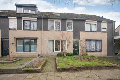 Mastenbroekstraat 18, Tilburg