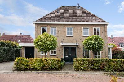 Vlielandlaan 32, Enschede