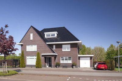 Damoclesstraat 28, Almere