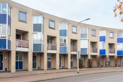 Raadhuisplein 9, Nieuwerkerk A/d Ijssel