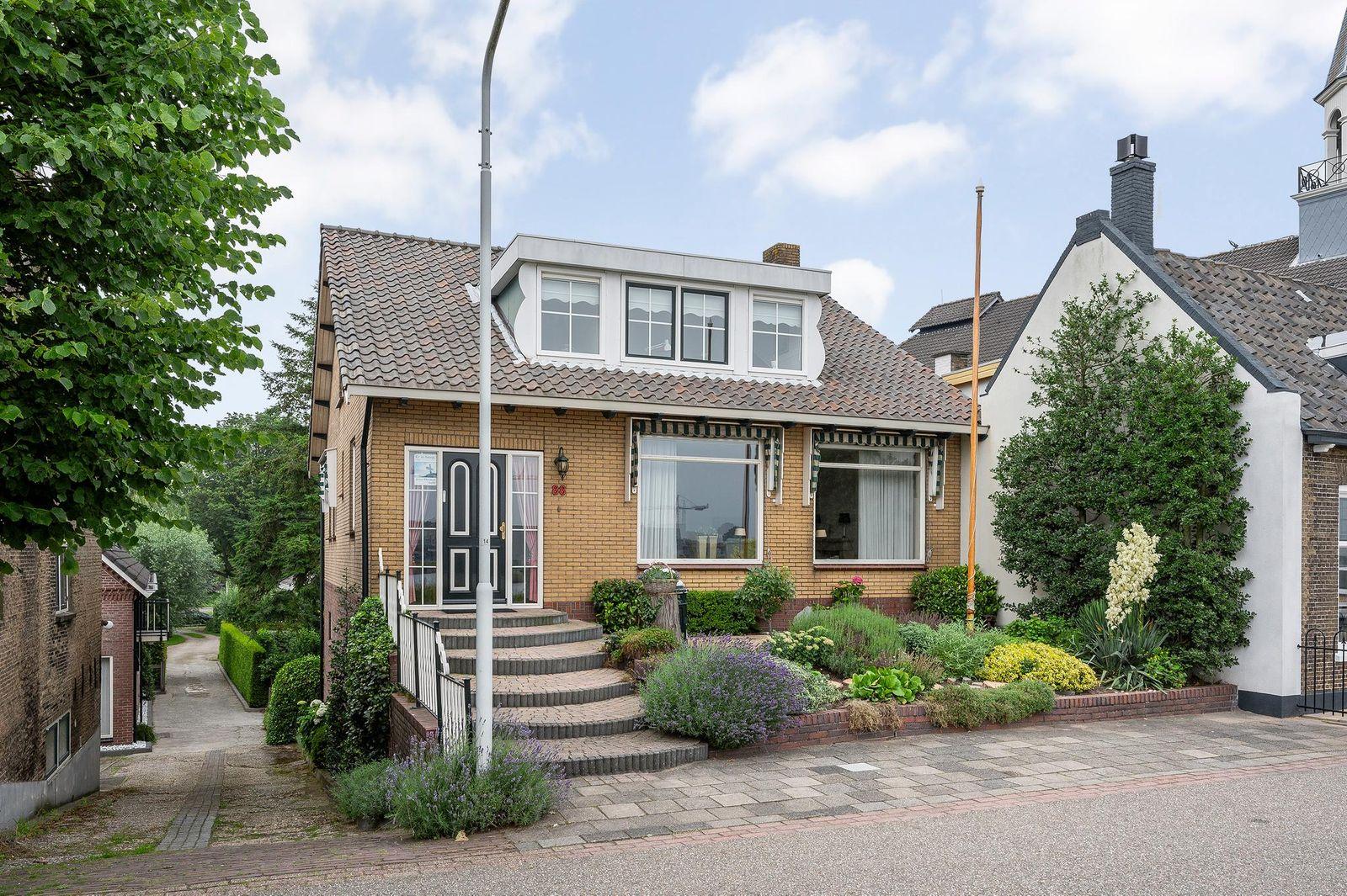 Kerkbuurt 88, Papendrecht