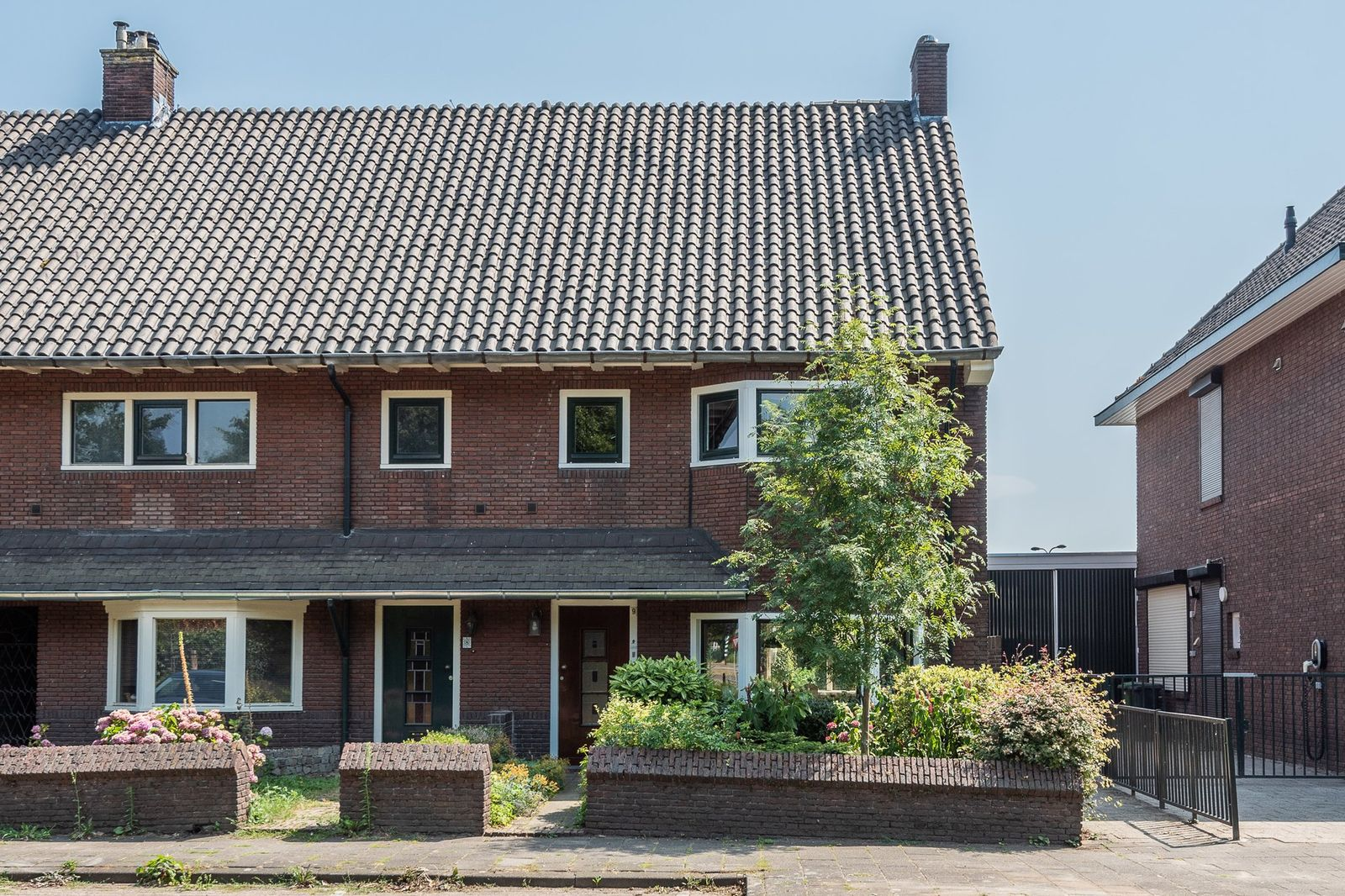 Houtse Parallelweg 9, Helmond