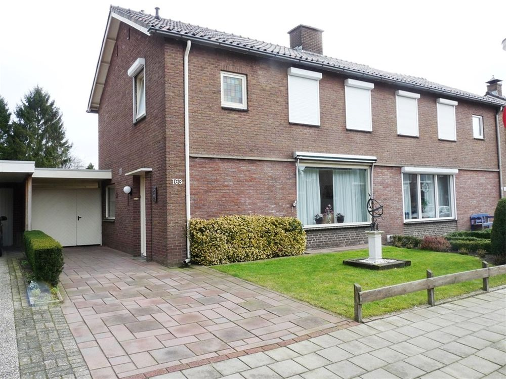 Scholtinkstraat 163, Losser
