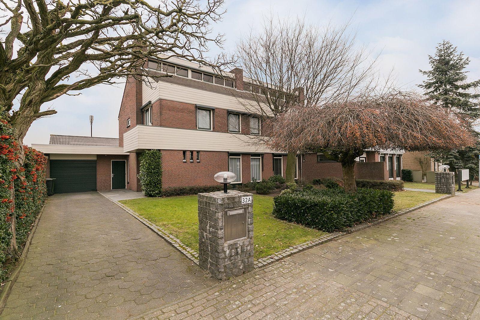 Middendijk 32-A-C, Helmond