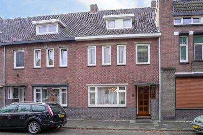 Burg. v.d. Kroonstraat 6, Hoensbroek