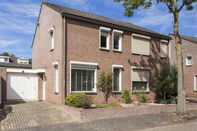 Zonnedauwhof 15, Roermond