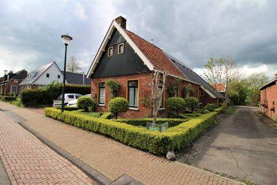 Dorpsstraat, Den Horn