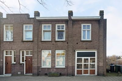 Wouwsestraatweg 66-a + b, Bergen Op Zoom