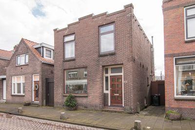 Burgemeester Trooststraat 72, Waddinxveen