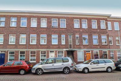 Hoenderloostraat 120, Den Haag
