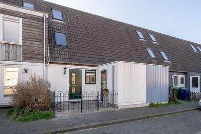 Moessorgskystraat 54, Almere