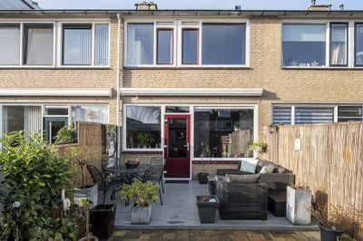 Beverveen 482, Spijkenisse