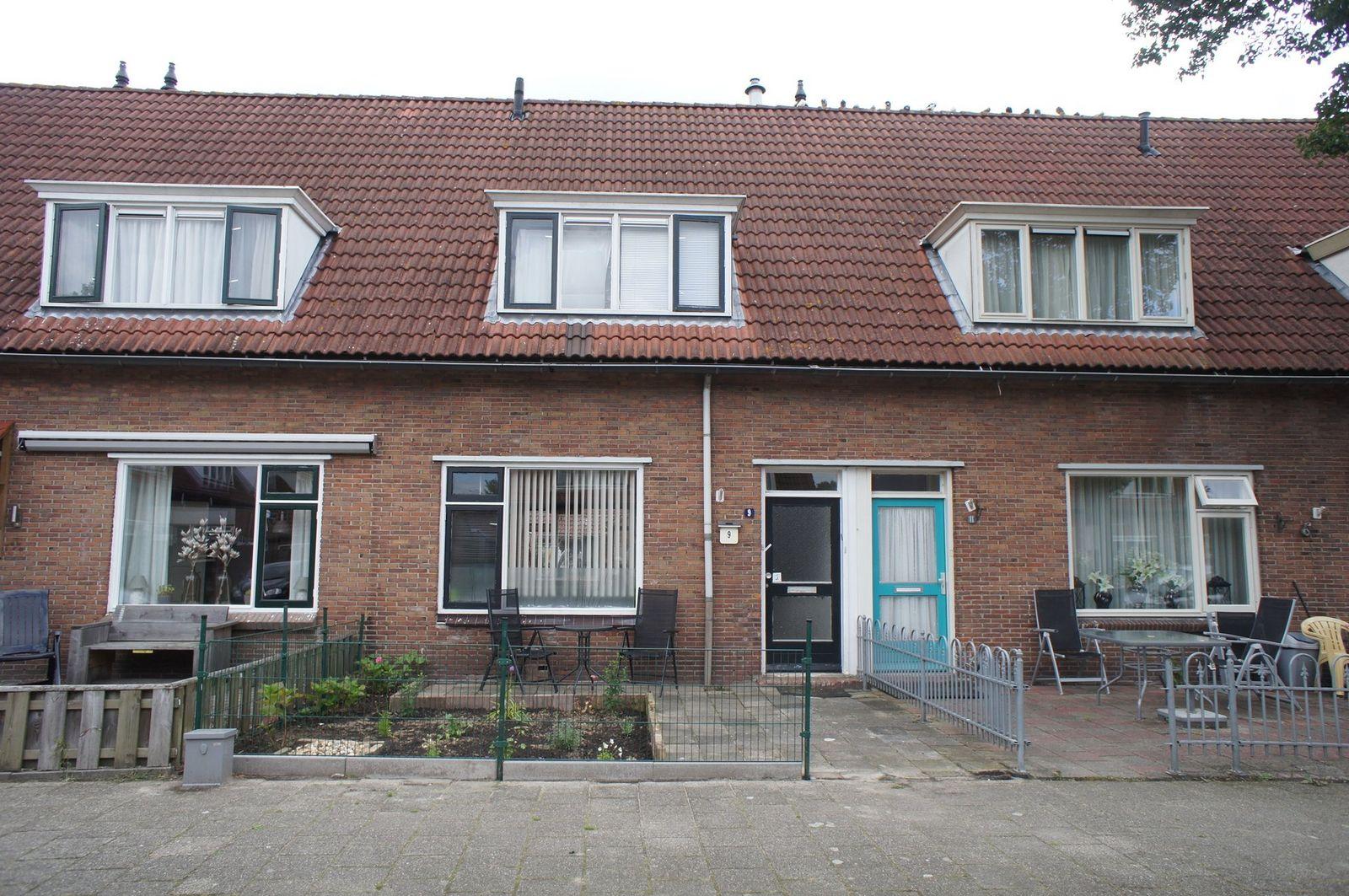 J van der Veenstraat 9, Hoogeveen