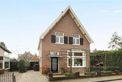 Ratzeburglaan 2, Apeldoorn