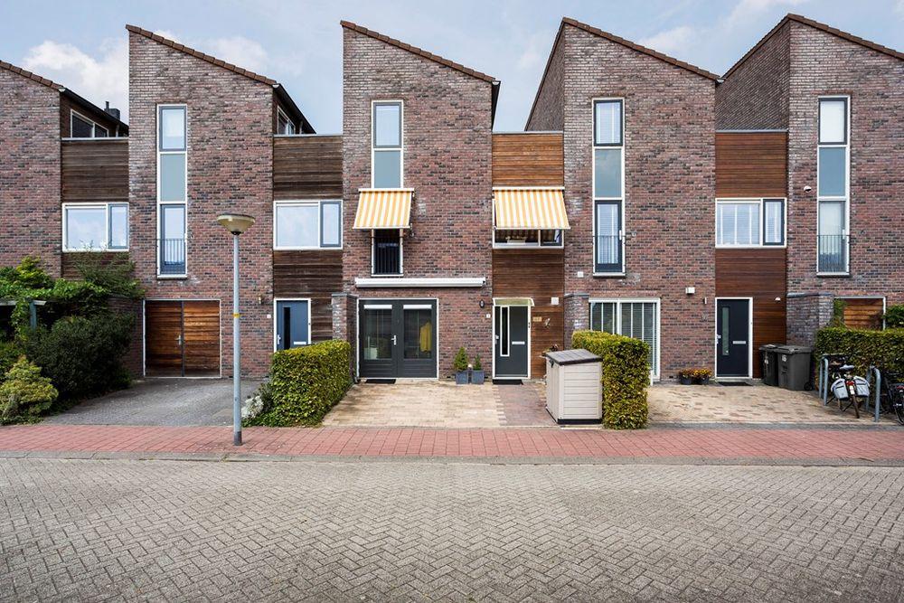 Maandagstraat 18, Almere