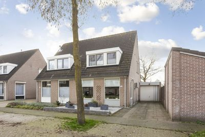 Betuwehof 106, Helmond