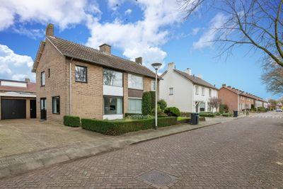Lieshoutseweg 50, Helmond