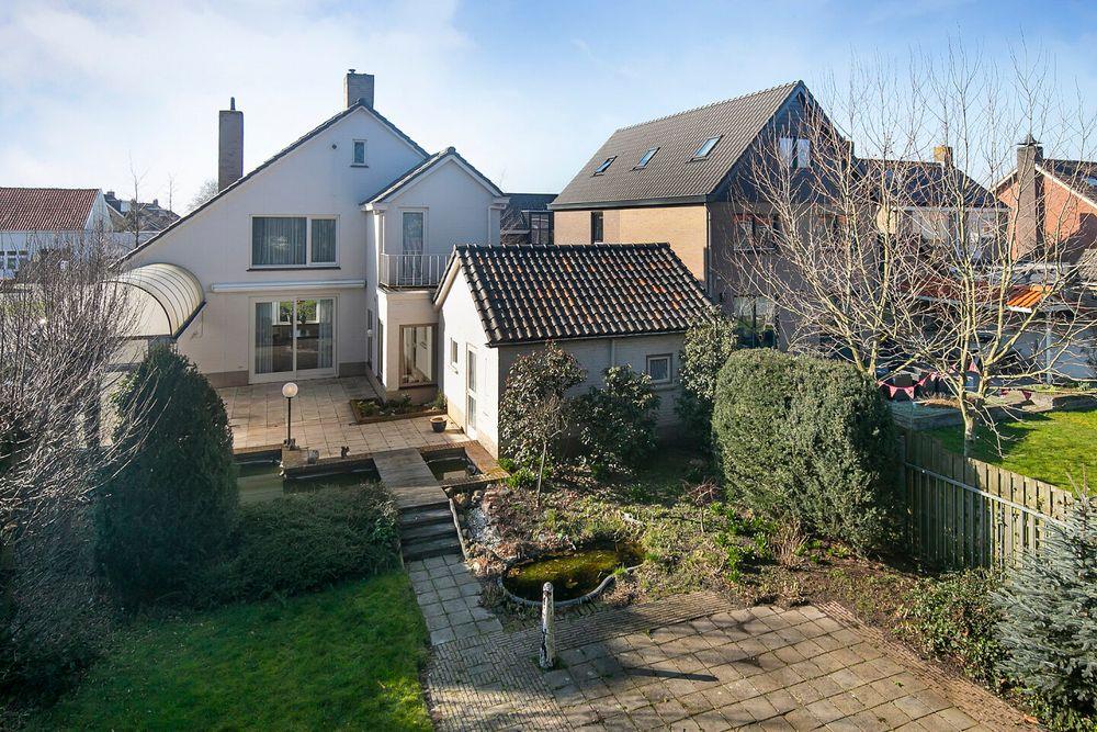 Van Gaverenlaan 2, Steenbergen