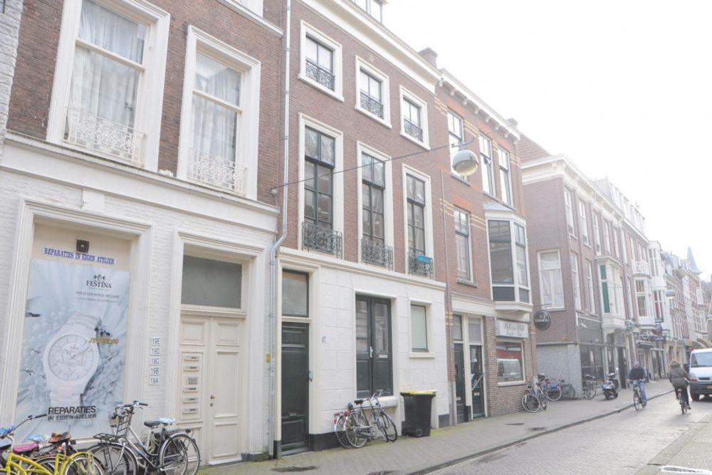 Herenstraat, Den Haag