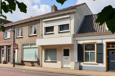 Beeksestraat 11, Prinsenbeek