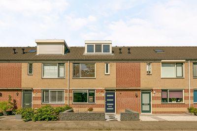 Ouvertureweg 15, Barendrecht