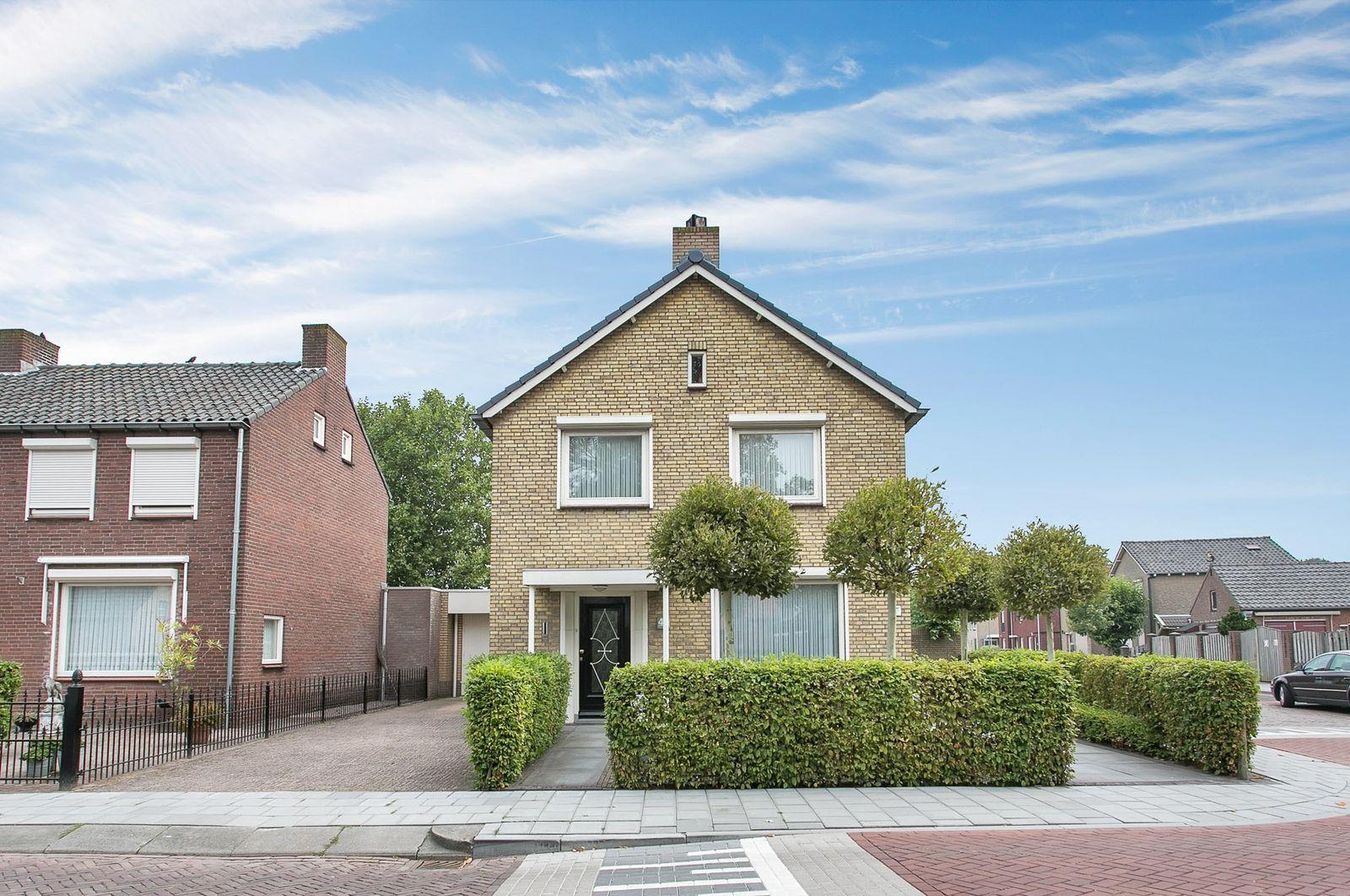 Burgemeester van Campenhoutstraat 40, Made