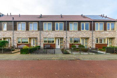 Schweitzerstraat 48, Hoogeveen