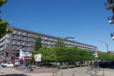 Bos en Lommerplein 40, Amsterdam