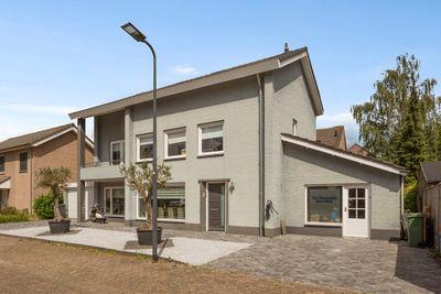 Dahliastraat 2, Rosmalen