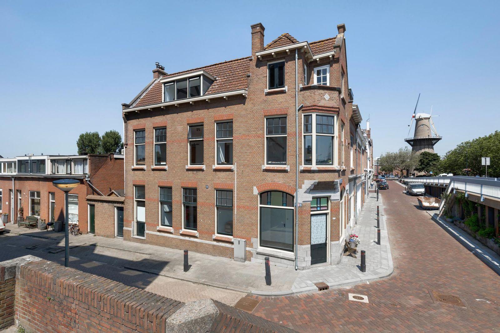 Hoofdstraat 121, Schiedam