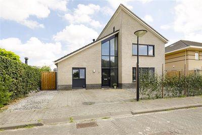 Pembastraat 5, Almere