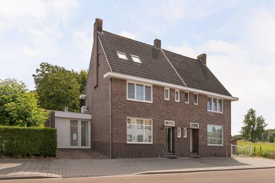 Overbroekerstraat 87, Hoensbroek